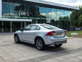 Ver foto 9 de Volvo S60 Cross Country UK 2015