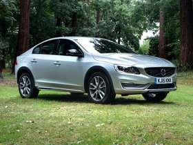 Fotos de Volvo S60 Cross Country UK 2015