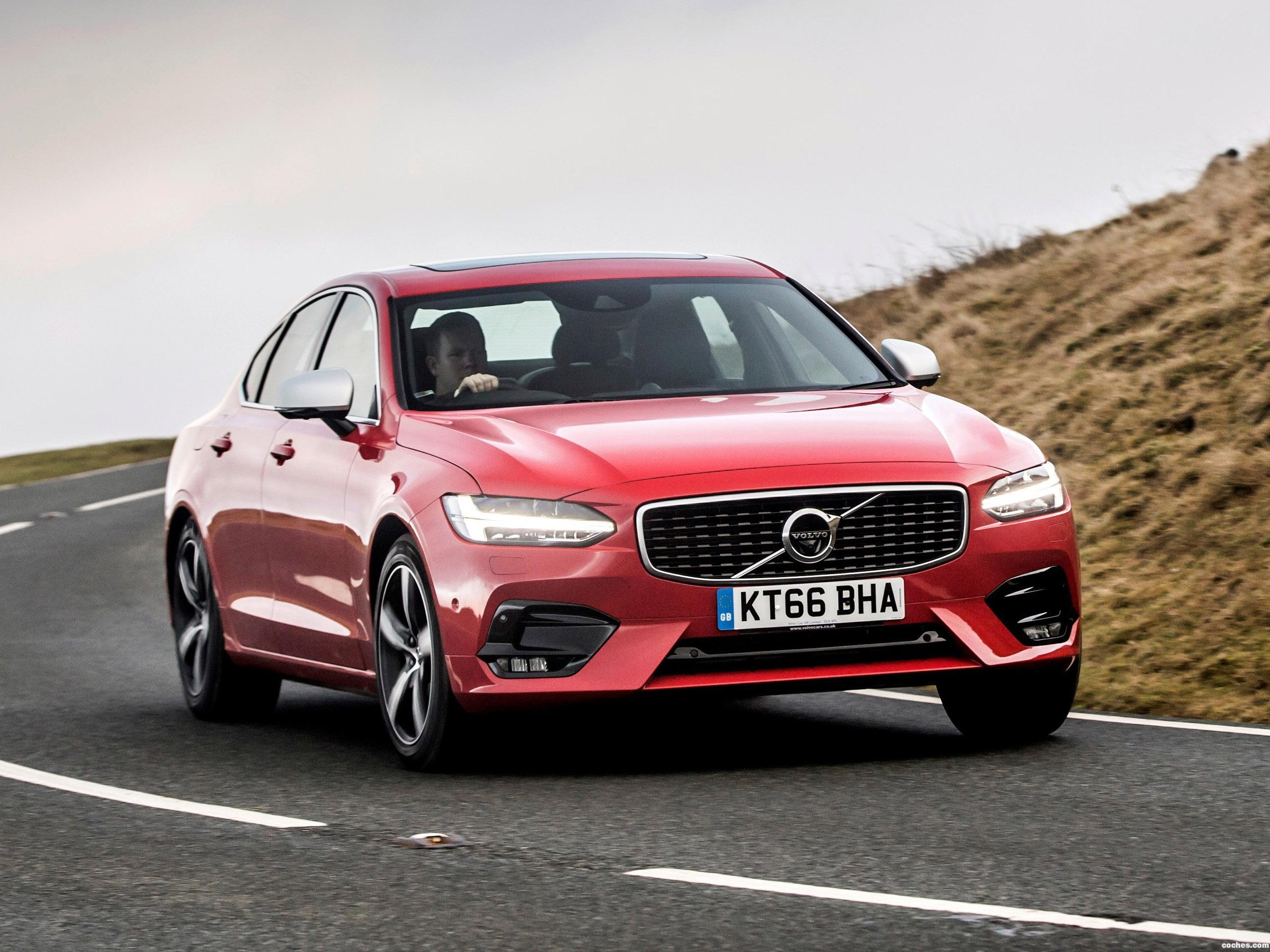 Foto 18 de Volvo S90 D5 R-Design UK  2017