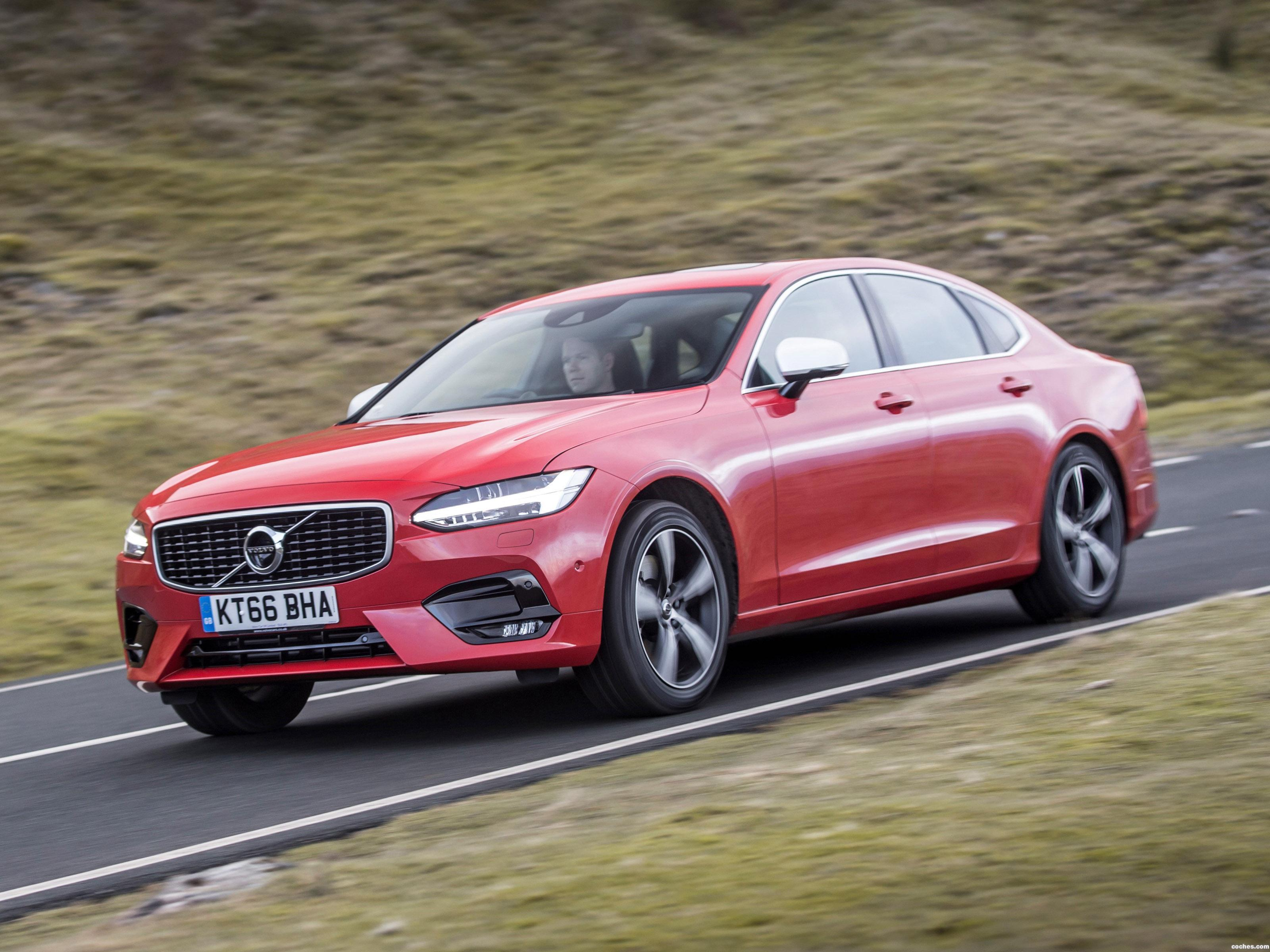 Foto 16 de Volvo S90 D5 R-Design UK  2017