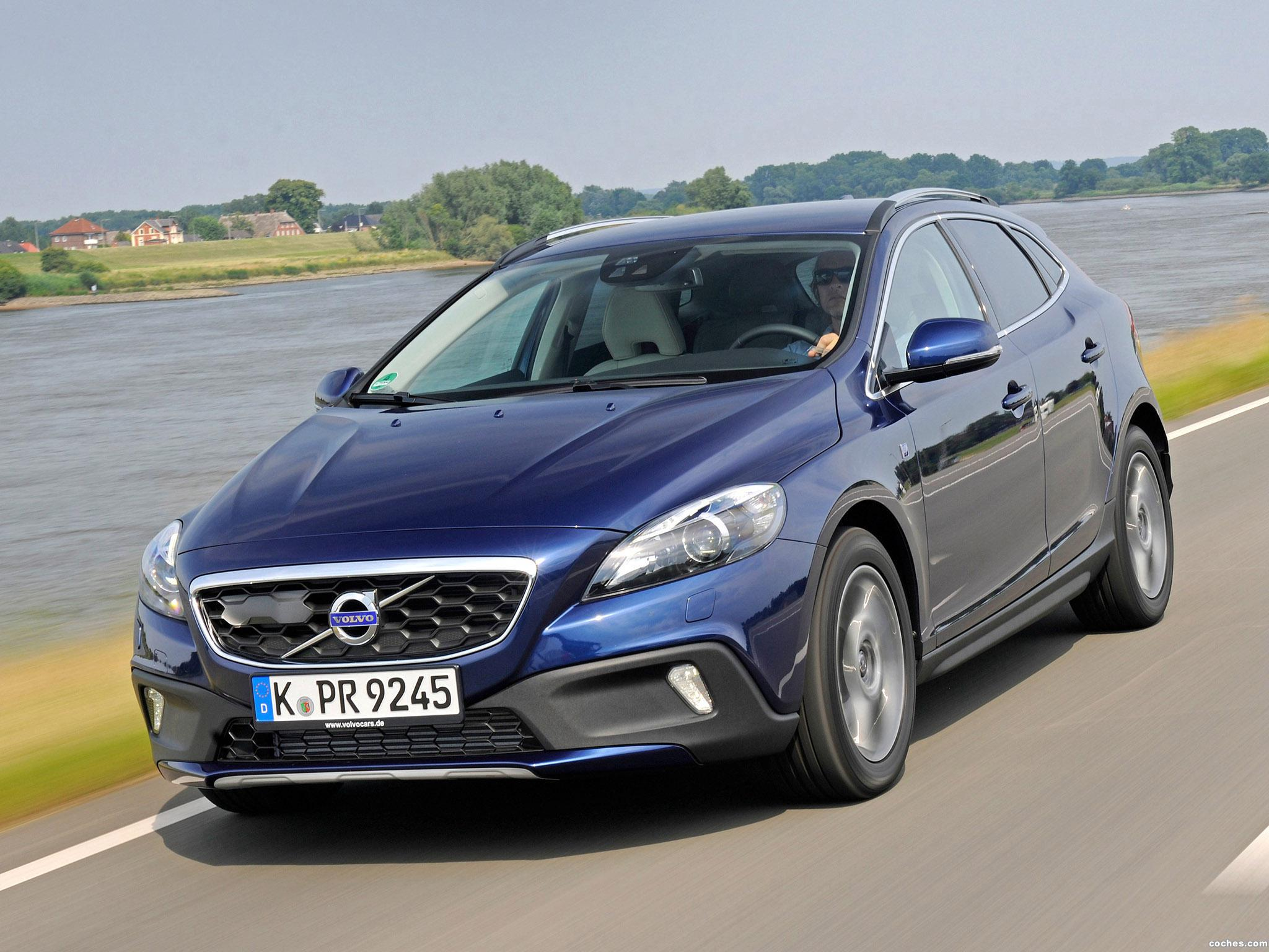 Foto 0 de Volvo V40 Cross Country D2 Ocean Race 2014