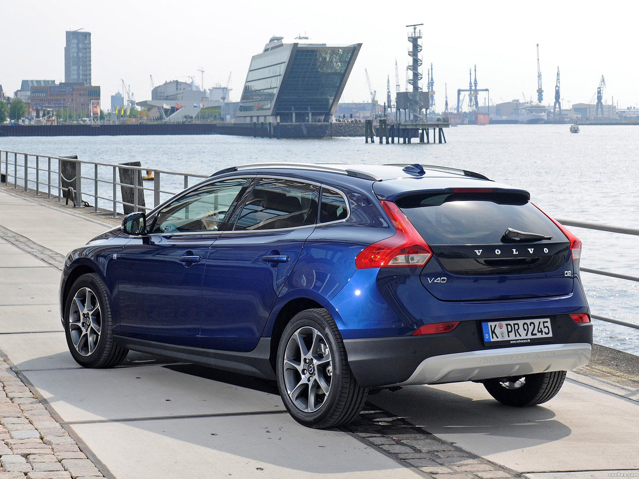 Volvo V40 | Volvo Cars