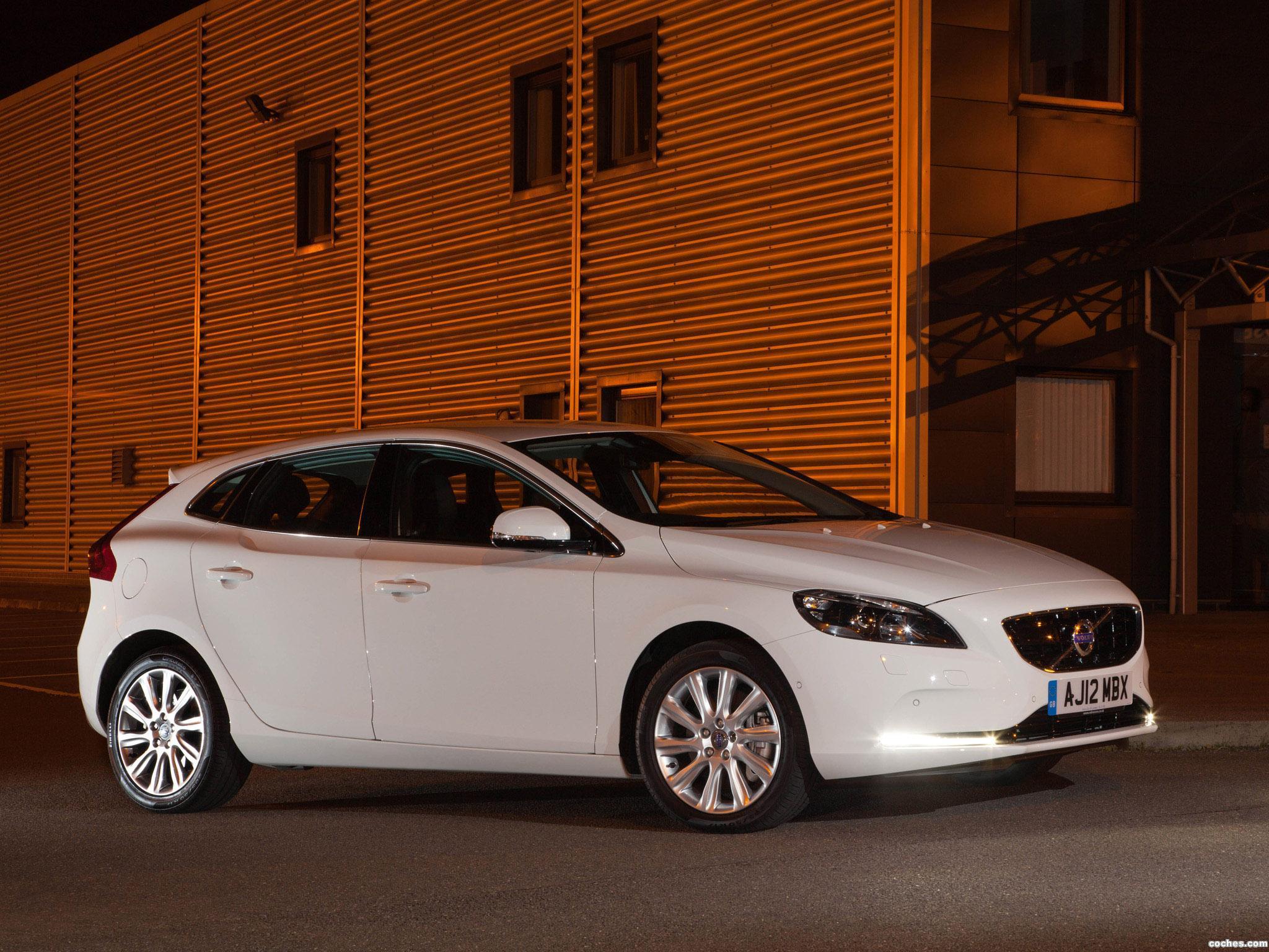 Foto 12 de Volvo V40 D2 UK 2012