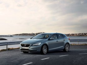 Ver foto 9 de Volvo V40 T4 Momentum 2016