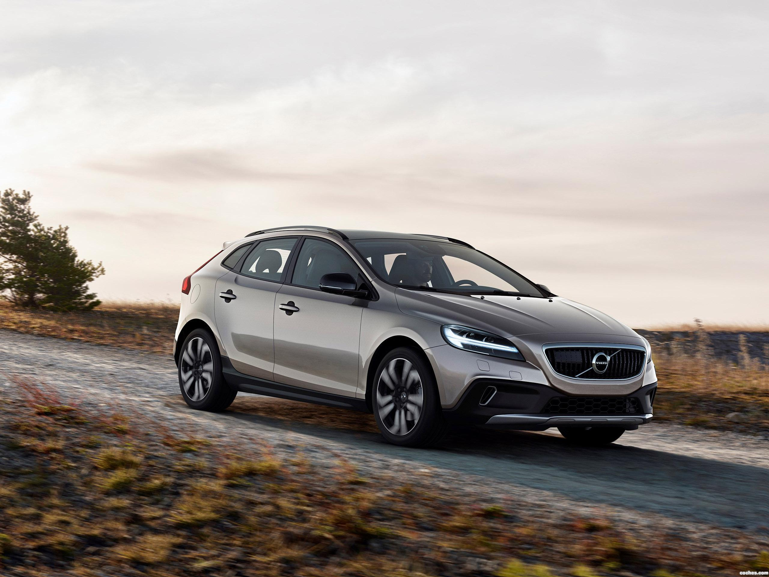 Foto 0 de Volvo V40 T5 AWD Cross Country 2016