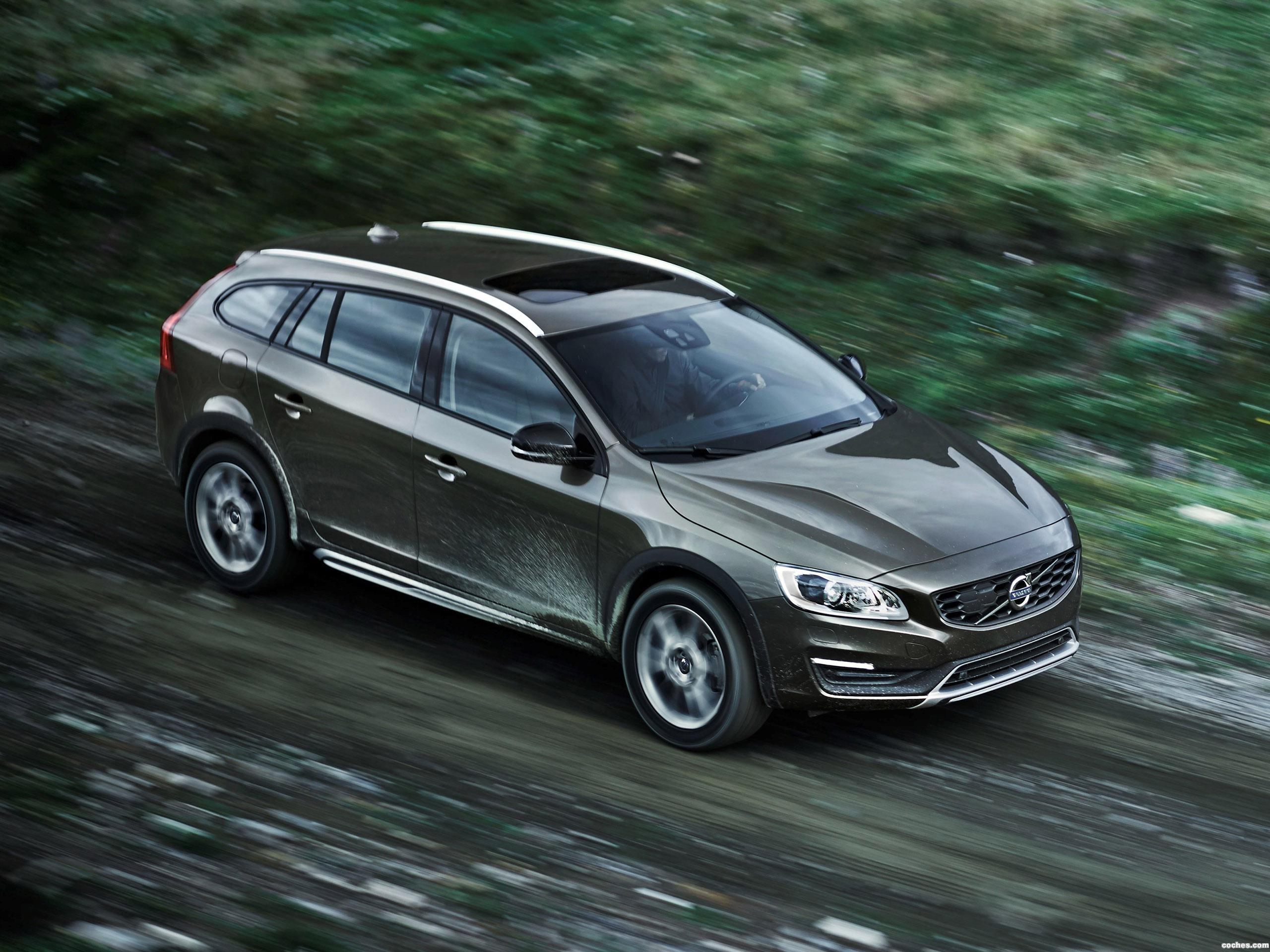 Foto 0 de Volvo V60 Cross Country 2015