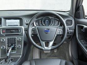 Ver foto 23 de Volvo V60 D3 Cross Country UK 2015