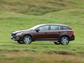 Ver foto 14 de Volvo V60 D3 Cross Country UK 2015