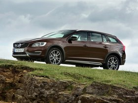 Ver foto 12 de Volvo V60 D3 Cross Country UK 2015