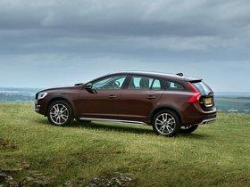 Ver foto 9 de Volvo V60 D3 Cross Country UK 2015