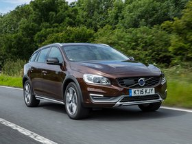 Ver foto 7 de Volvo V60 D3 Cross Country UK 2015