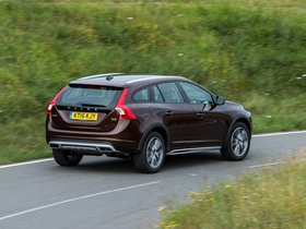 Ver foto 18 de Volvo V60 D3 Cross Country UK 2015