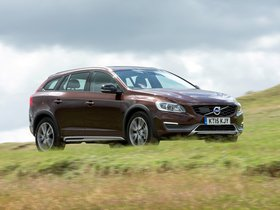 Ver foto 16 de Volvo V60 D3 Cross Country UK 2015