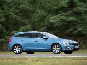Ver foto 3 de Volvo V60 D6 Plug-in Hybrid UK 2013