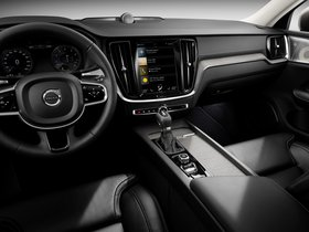 Ver foto 36 de Volvo V60 T6 Inscription 2018