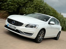 Fotos de Volvo V60 UK 2013