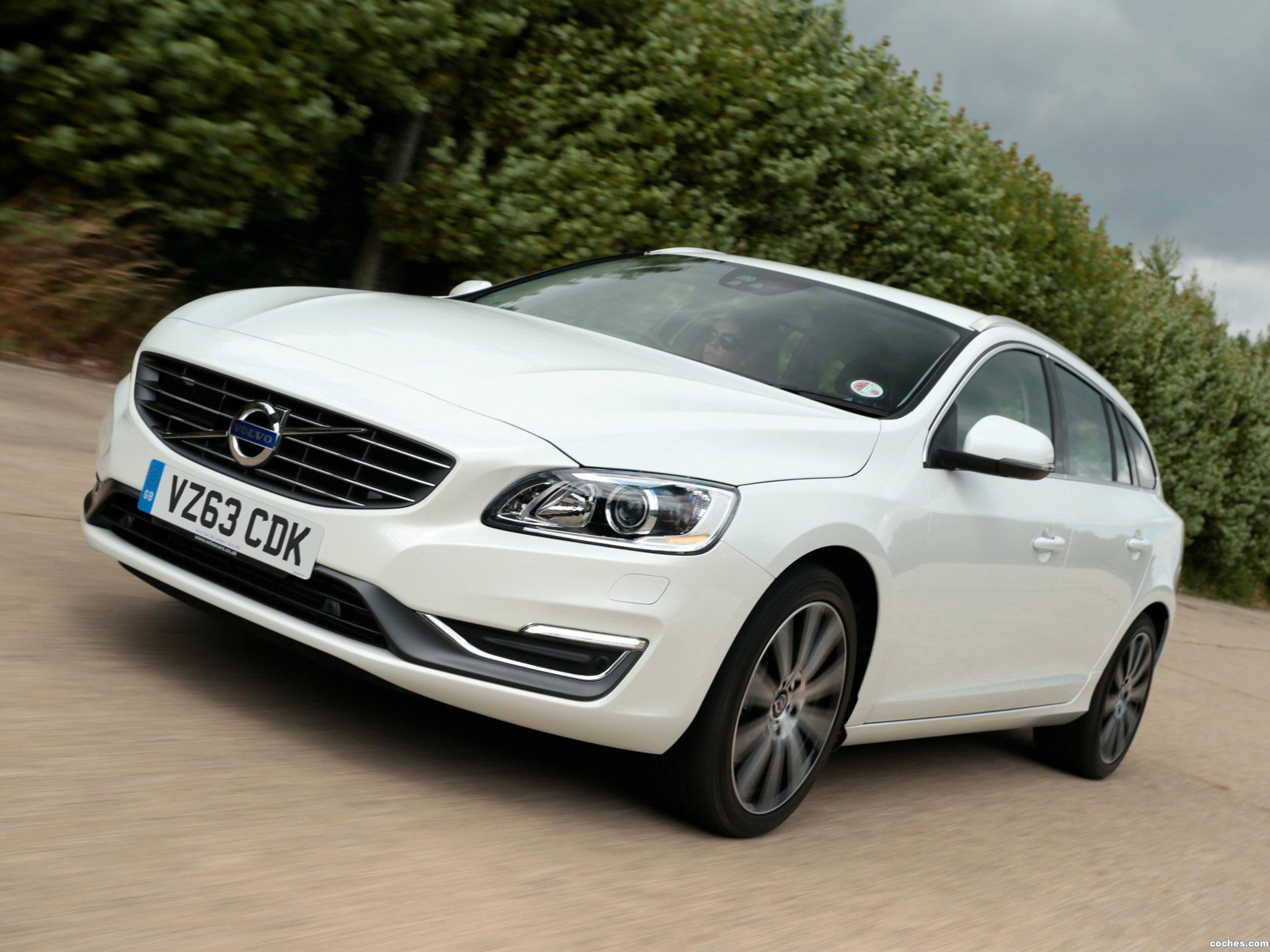 Foto 0 de Volvo V60 UK 2013