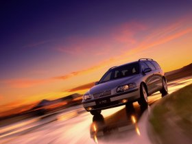 Ver foto 2 de Volvo V70 2000