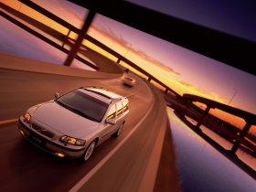 Ver foto 1 de Volvo V70 2000
