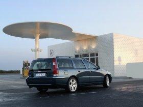 Ver foto 2 de Volvo V70 Facelift 2004