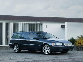 Ver foto 1 de Volvo V70 Facelift 2004