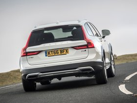 Ver foto 13 de Volvo V90 D4 Cross Country UK  2017