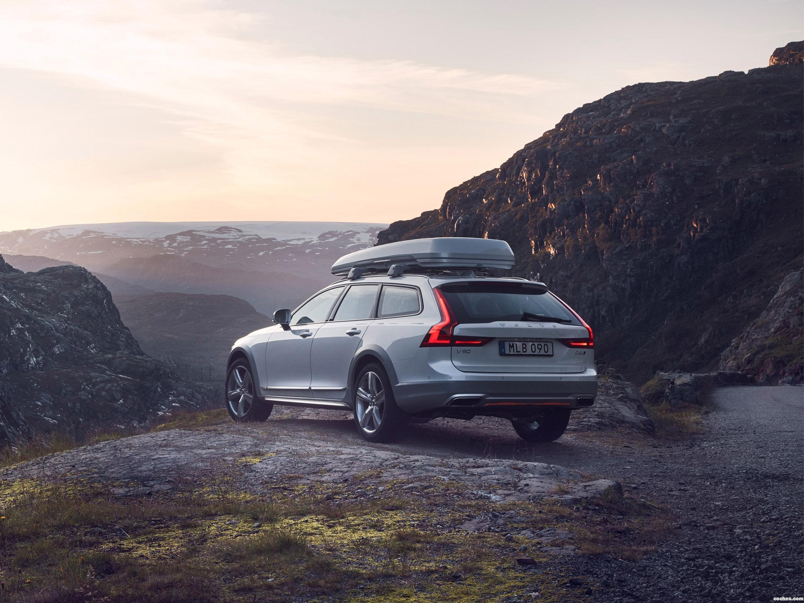 Foto 2 de Volvo V90 Cross Country T6 Ocean Race 2017