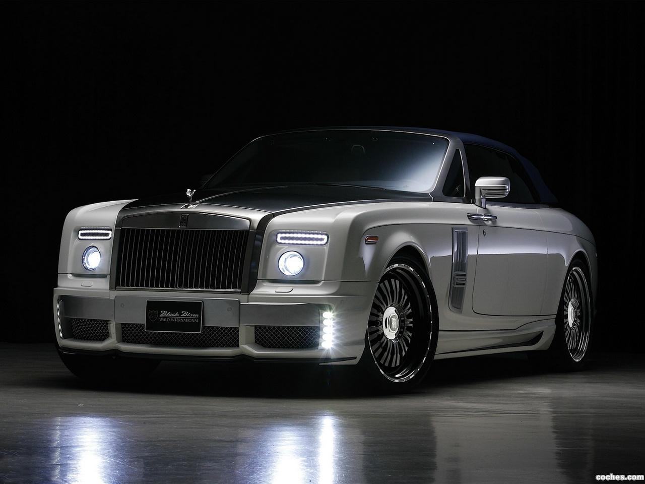 Foto 0 de Rolls Royce WALD Phantom Drophead Coupe Black Bison Edition 2012